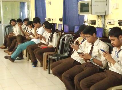 Online unit test on KLAP Mobile at DIT.